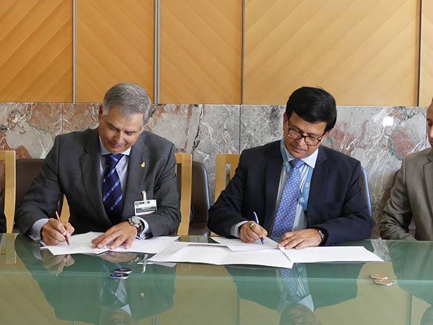 La ONU y el RACE firman en Ginebra la creación del primer centro internacional de formación en seguridad vial